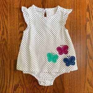 NWOT - 3 to 6 months butterfly bodysuit.